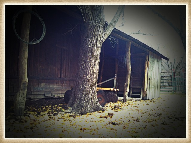 A GLIMPSE INTO AN 1880's FARM: Did you ever wonder what it was like on a farm in the 1880's? Come walk through our Homestead & hear the whispers of the past. #TaylorMadeHomestead 1880s barn Loafing side
