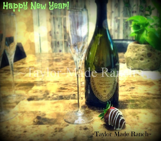 Happy New Year champagne #TaylorMadeRanch