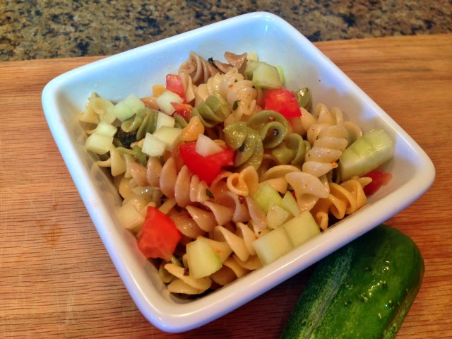 During summer I like cooler food that doesn't require much time in the kitchen. This pasta salad is super-fast with Herb-Bombs! #TexasHomesteader