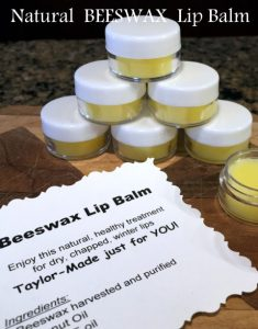 She uses beeswax to make a natural lip balm in minutes. It really couldn't be easier - only 3 ingredients! Check it out, y'all. #TxHomesteader