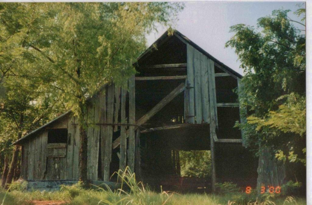 1880's Barn on our NE Texas Homestead. #TaylorMadeHomestead