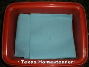 I didn't have to run to the store for baby wipes, I made my own. This method was easy and I used items I already had in my home like coconut oil and baby wash! #TexasHomesteader