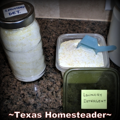 3 Ingredient laundry detergent recipe only uses 1-2 tablespoons per typical load. Cheap, easy to make, and effective! #TexasHomesteader