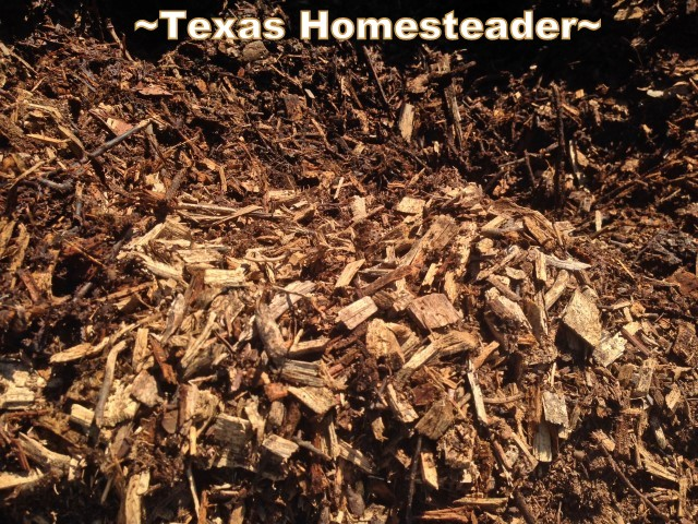 Low-Cost veggie gardening. Free Mulch. Come see ways you can keep the cost of a vegetable garden LOW! #TexasHomesteader