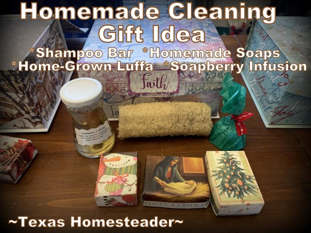 Luffa Christmas gifts. You can grow your own luffa sponge in your garden. They're easy to grow, eco friendly and fully compostable. #TexasHomesteader