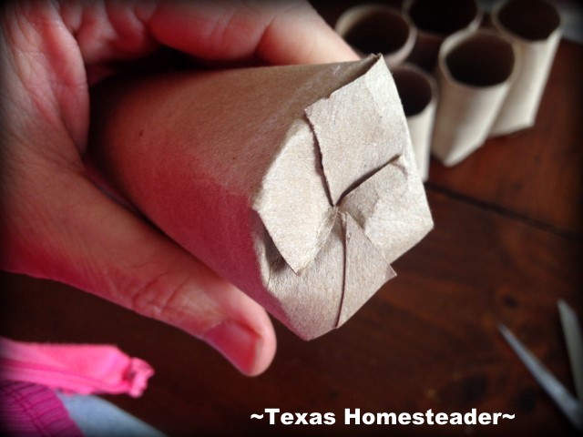 Making a FREE bio-degradable seed starting pot using a cardboard tube. #TexasHomesteader