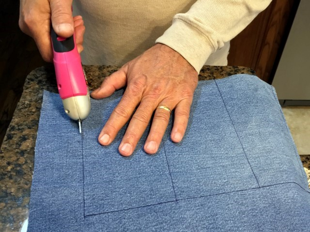 Electric scissors make cutting denim for pocket-sized hand warmers easy! #TexasHomesteader