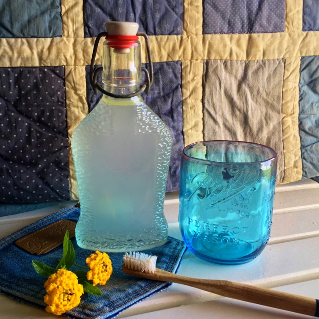 Making my own Homemade Minty Mouthwash helps me toward the zero-waste lifestyle I strive for. And using only simple ingredients, too! #TexasHomesteader