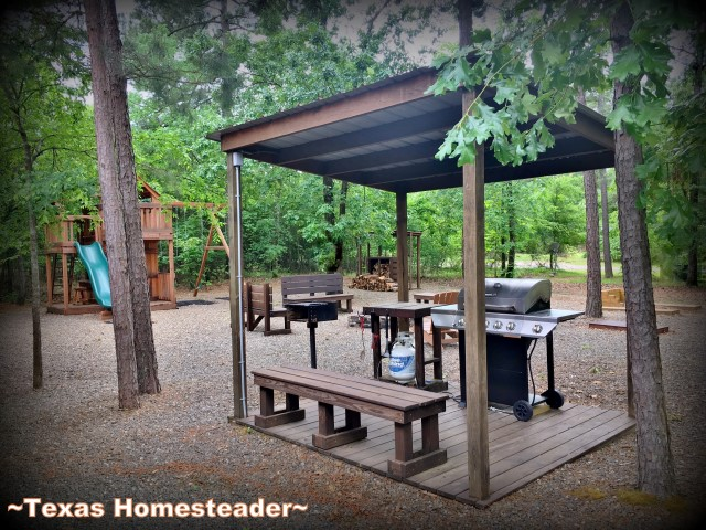 ArborLawn Cabin - Hochatown Oklahoma. We traveled to Broken Bow, Oklahoma for a weekend sibling trip. A delightful cabin was rented and we enjoyed some breweries, restaurants & Bevers Bend state park. #TexasHomesteader