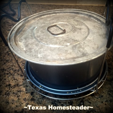 Cover top of springform pan. Making Instant Pot Cheesecake turns a finicky dessert into pure simplicity. Come see this easy cheesecake recipe cooked in an Instant Pot. #TexasHomesteader