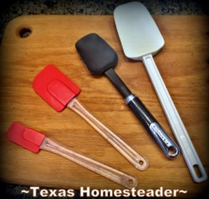 Different Sizes of Spatulas. Must-Have gifts For Cooks. Come see the most used tools in my homestead kitchen. I always opt for tools that make cooking easier. #TexasHomesteader