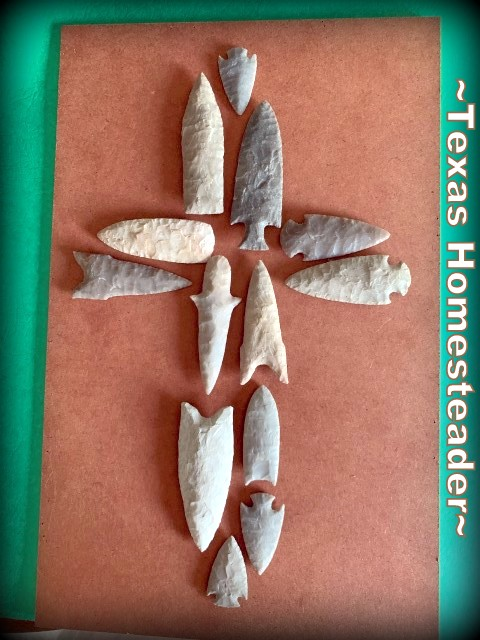Designing a cross with arrowheads. I made this sentimental gift for my mother using just what we had at the house. I designed an arrowhead cross to go into a frame that was painted & distressed #TexasHomesteader