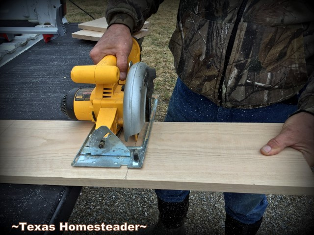 Cutting long oak board into individual cheese boards. How to make your own oak cutting board. We presented these cheeseboards with our homemade cheeses as a very personal homemade gift. #TexasHomesteader