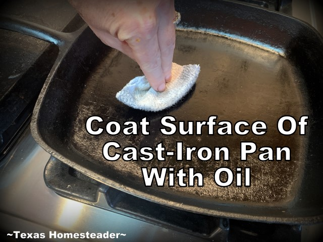 Oiling Cast Iron Surface. 5 simple ways to repurpose an old sock. Kitchen Scrubber, cast-iron care, ponytail holder, and MORE! #TexasHomesteader